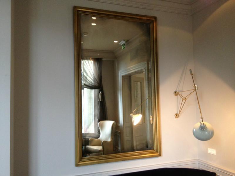 Schitterend maakt antieke spiegels voor Amstel Hotel : Nieuws ...