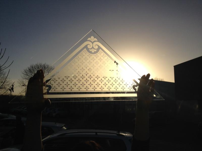Restauratie bovenlicht geetst glas