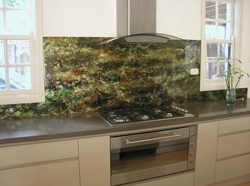 Spatwand Keuken Verf : Kitchen Walls with Glass Panels