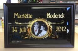 Huwelijk schilderij met foto in geëtst glas en verguld met bladgoud